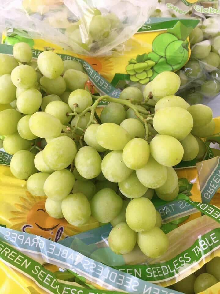Viettropfruit nhập khẩu các loại trái cây chất lượng cao từ các thị trường như Úc, Mỹ, New Zealand để đa dạng hóa các mặt hàng trái cây trong nước và đáp ứng nhu cầu chất lượng cao của người tiêu dùng