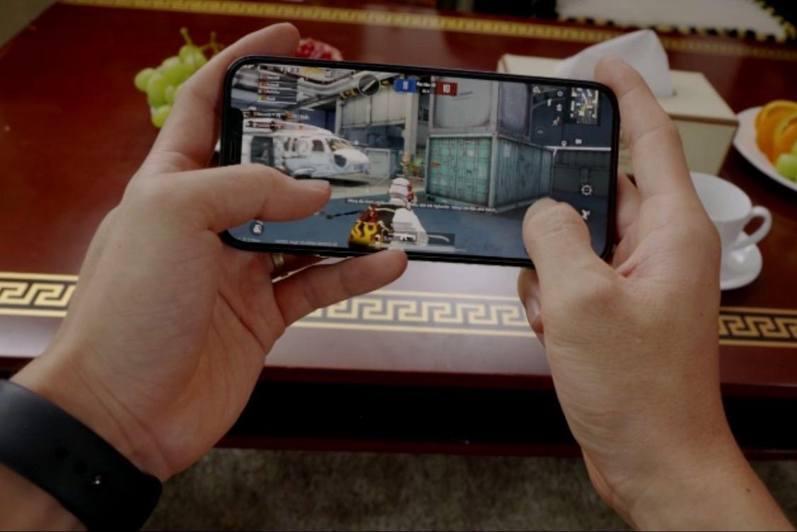 Duy Mạnh giải tỏa áp lực thi đấu bằng PUBG Mobile