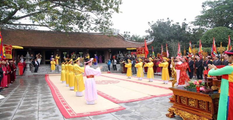 Nghi lễ tại Lễ hội Đền Mẫu Âu Cơ