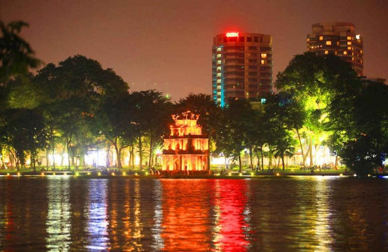 Top 12 Địa điểm dẫn bạn gái đi chơi 20/10 thú vị nhất ở Hà Nội