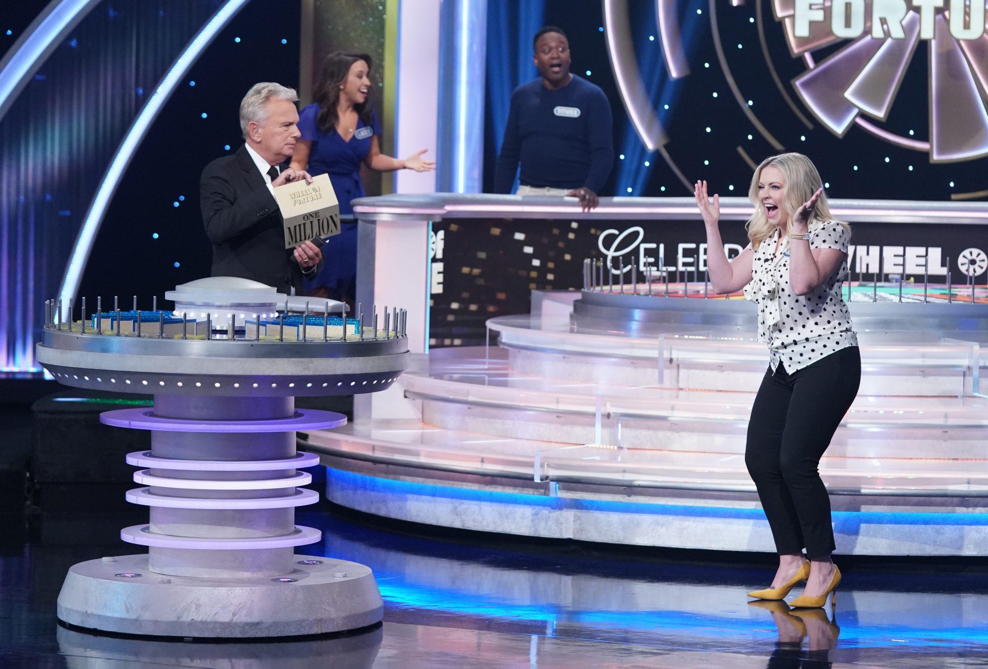 Diễn viên 'Sabrina – cô phù thủy nhỏ' giành một triệu USD ở game show
