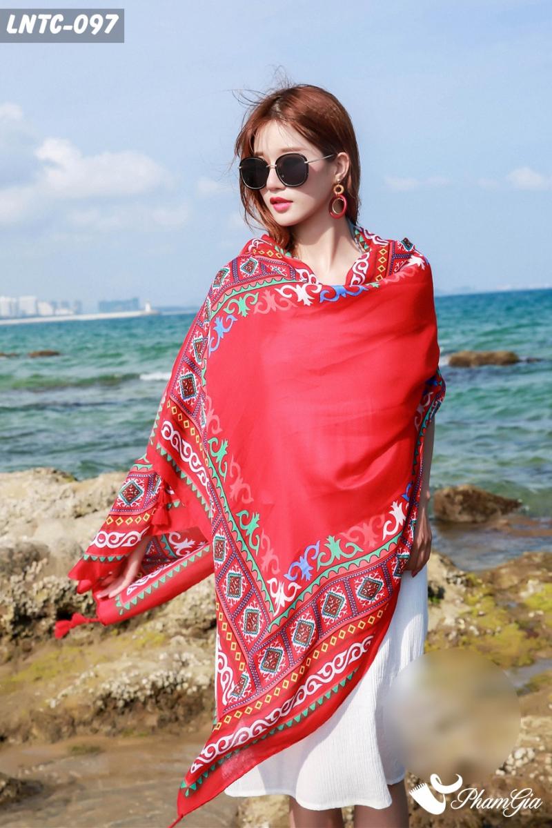 Top 8 Cửa hàng bán khăn choàng cổ đẹp nhất ở TP.HCM