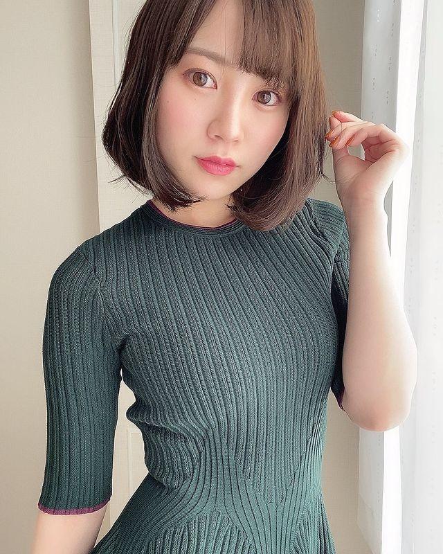 """Được trả 23 tỷ để debut, hot girl phim 18+ lọt top doanh thu nhưng vẫn bị chỉ trích nặng nề về nhan sắc """"Giá đắt gấp đôi Yua Mikami mà không thấy đáng"""""""