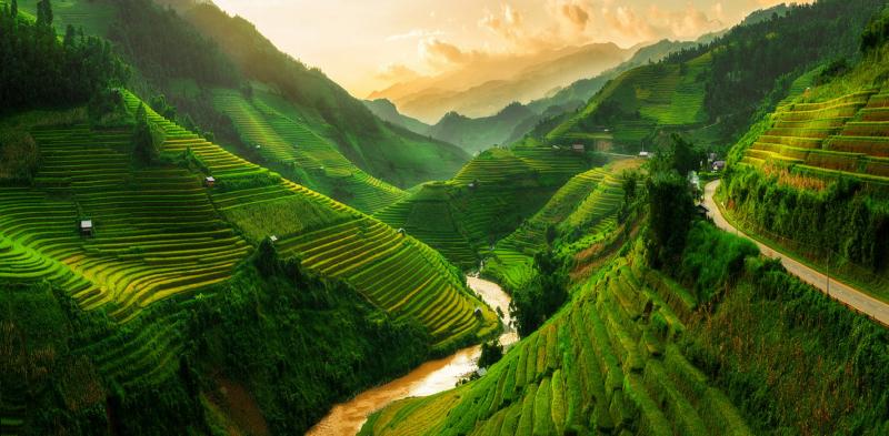 Top 10 Địa điểm hưởng tuần trăng mật đẹp nhất ở Việt Nam