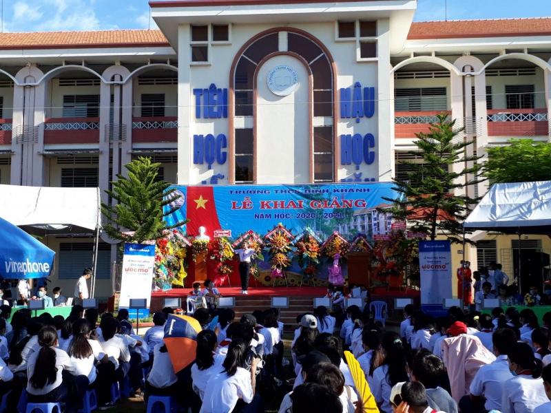 Trường THCS Bình Khánh